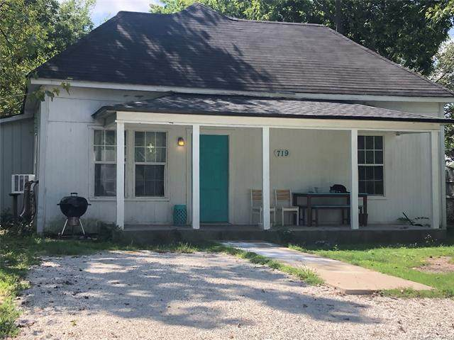 719 W 16th Street, Ada, OK 74820 (MLS #2112053) :: Active Real Estate