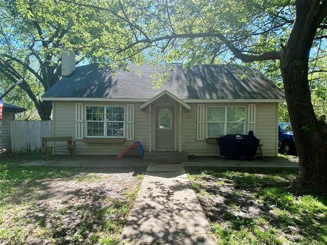 115 N Rowe Street, Pryor, OK 74361 (MLS #2112246) :: 580 Realty