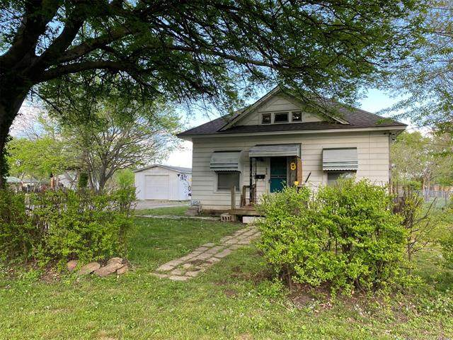 808 N Jefferson Avenue, Wagoner, OK 74467 (#2112314) :: Homes By Lainie Real Estate Group