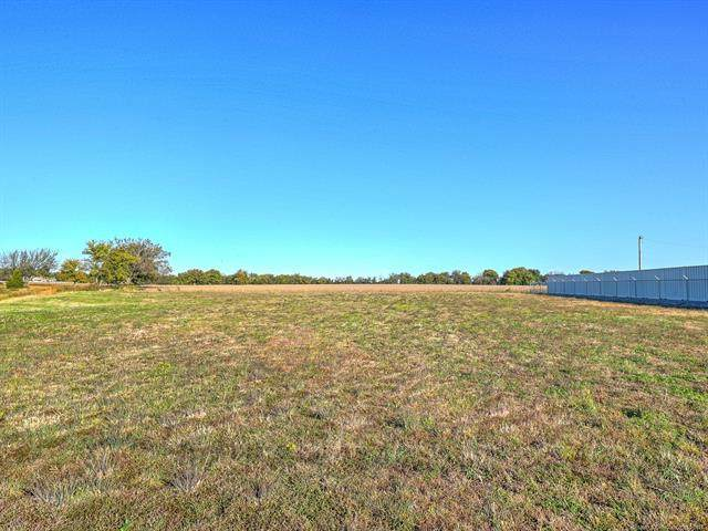 W Hwy 51, Wagoner, OK 74467 (#2112785) :: Homes By Lainie Real Estate Group