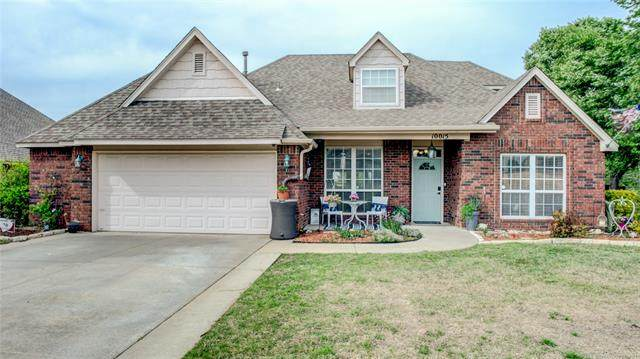 10015 E 101st Street North, Owasso, OK 74055 (MLS #2112815) :: Hopper Group at RE/MAX Results