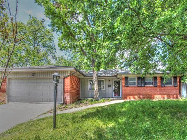 1921 E 53rd Street, Tulsa, OK 74105 (MLS #2112963) :: Active Real Estate