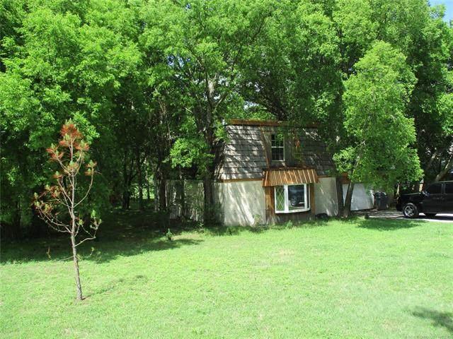 221 Meadow Road, Ardmore, OK 73401 (MLS #2113080) :: Active Real Estate