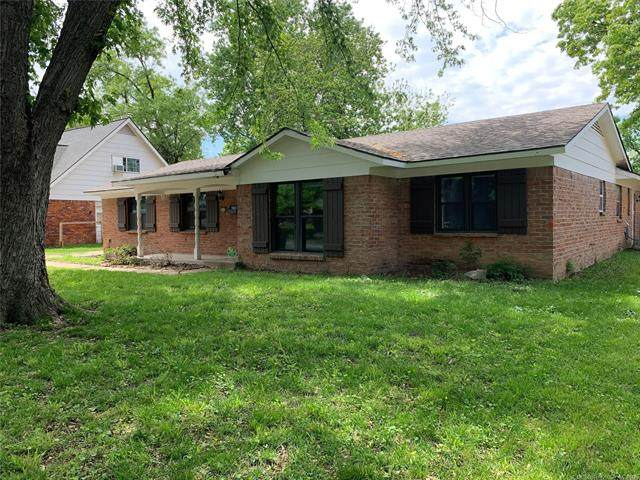 3416 S 94th East Avenue, Tulsa, OK 74145 (#2113312) :: Homes By Lainie Real Estate Group