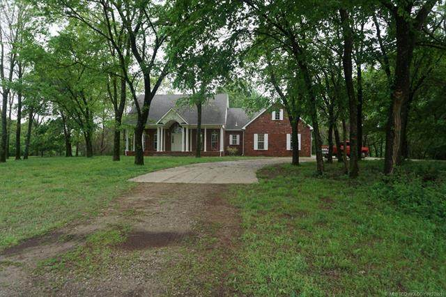 104654 S 4110 Road, Council Hill, OK 74428 (#2113461) :: Homes By Lainie Real Estate Group