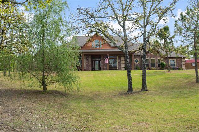 5904 W Hilton Road, Sapulpa, OK 74066 (#2113525) :: Homes By Lainie Real Estate Group