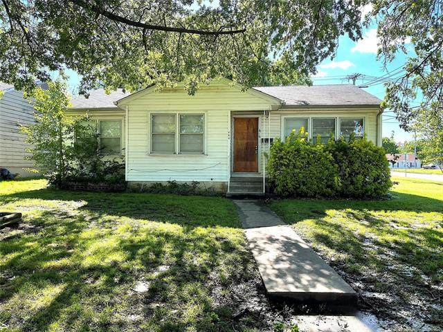 464 S 74th East Avenue, Tulsa, OK 74112 (#2113565) :: Homes By Lainie Real Estate Group
