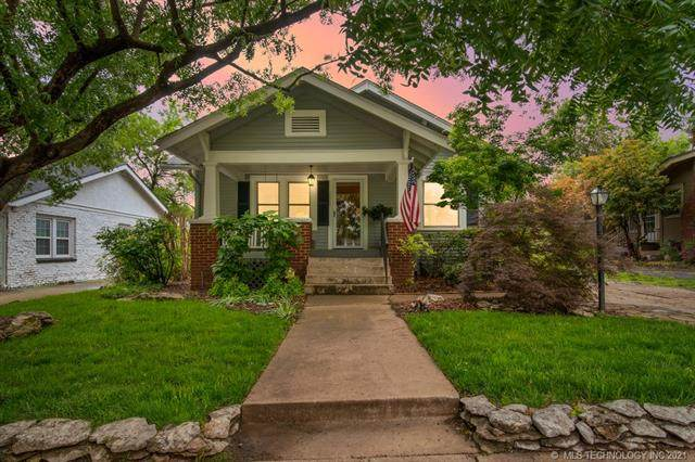 2011 E 14th Place, Tulsa, OK 74104 (#2113588) :: Homes By Lainie Real Estate Group