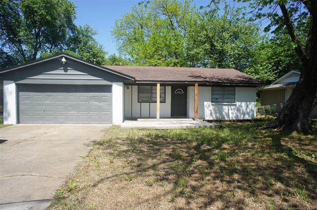 1529 S 115th East Avenue, Tulsa, OK 74128 (#2113653) :: Homes By Lainie Real Estate Group