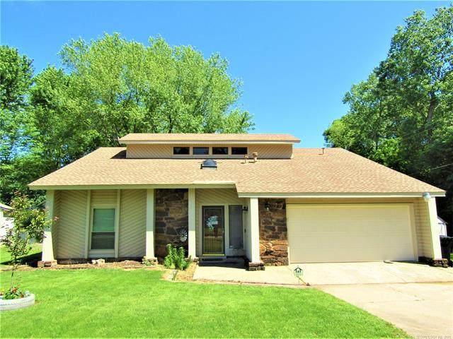 108 W Keywest Street, Broken Arrow, OK 74011 (#2113751) :: Homes By Lainie Real Estate Group