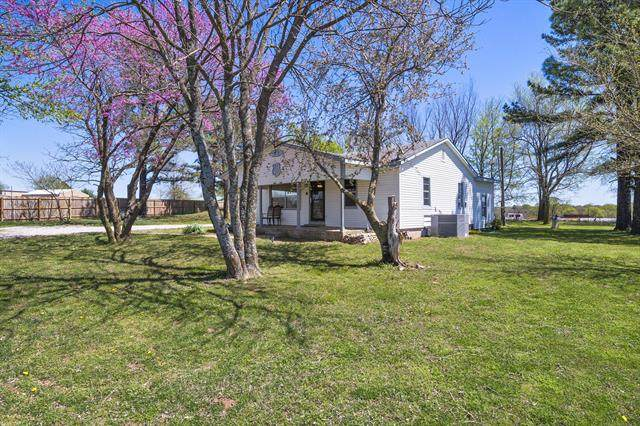 13831 S Hwy 66 Highway, Claremore, OK 74017 (MLS #2113833) :: Hopper Group at RE/MAX Results