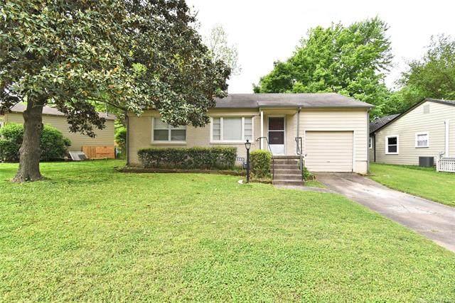 2560 E 17th Street, Tulsa, OK 74104 (MLS #2113858) :: Owasso Homes and Lifestyle