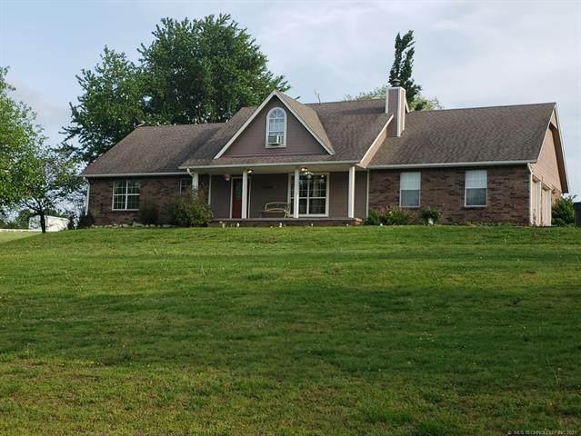 13804 E Crestview Drive, Claremore, OK 74019 (MLS #2113970) :: Active Real Estate