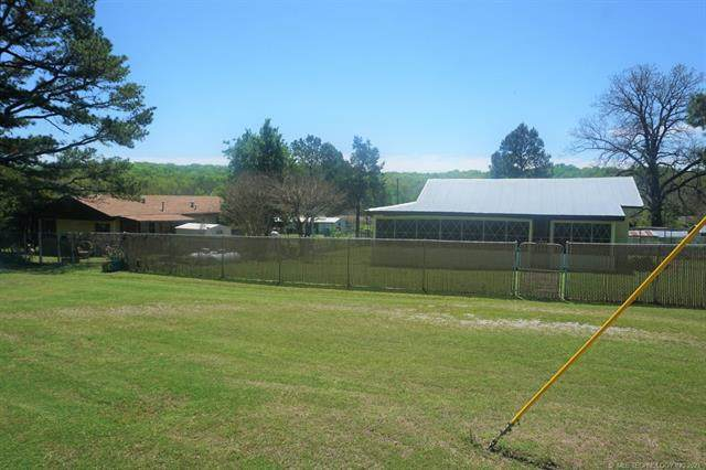 10490 Creek Mine Road, Henryetta, OK 74437 (MLS #2114034) :: Active Real Estate