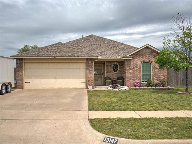 13147 E 133rd Street North, Collinsville, OK 74021 (MLS #2114132) :: 580 Realty