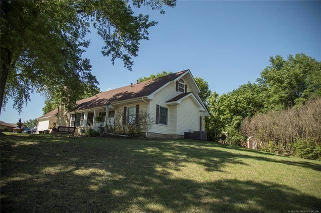 807 Cardinal Lane, Okmulgee, OK 74447 (MLS #2114147) :: Active Real Estate