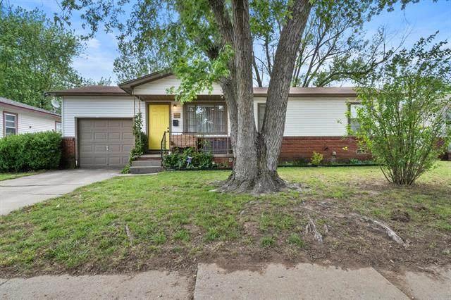 323 S 43rd West Avenue, Tulsa, OK 74127 (MLS #2114204) :: 918HomeTeam - KW Realty Preferred