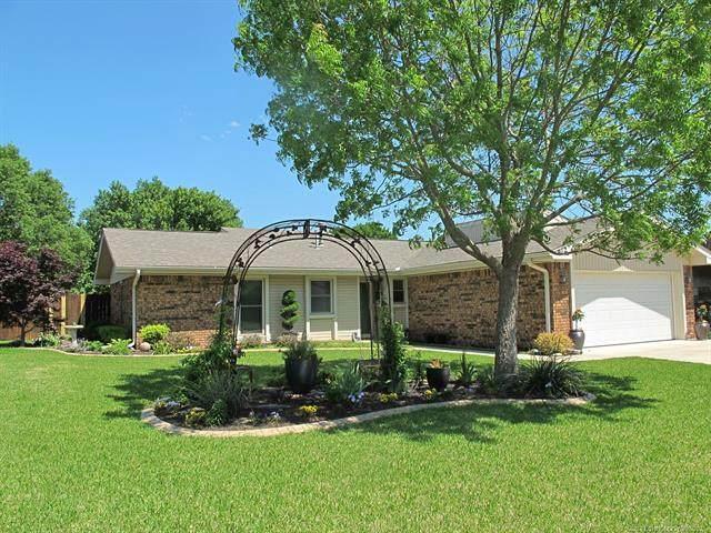 912 Cheyenne Street, Ardmore, OK 73401 (#2114264) :: Homes By Lainie Real Estate Group