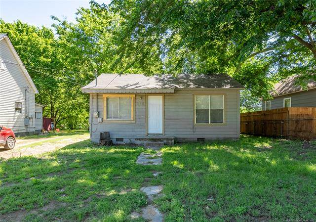214 E Street SE, Ardmore, OK 73401 (MLS #2114272) :: Hopper Group at RE/MAX Results