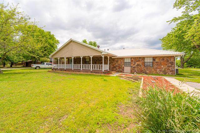 11319 County Road 3570, Ada, OK 74820 (MLS #2114285) :: Owasso Homes and Lifestyle