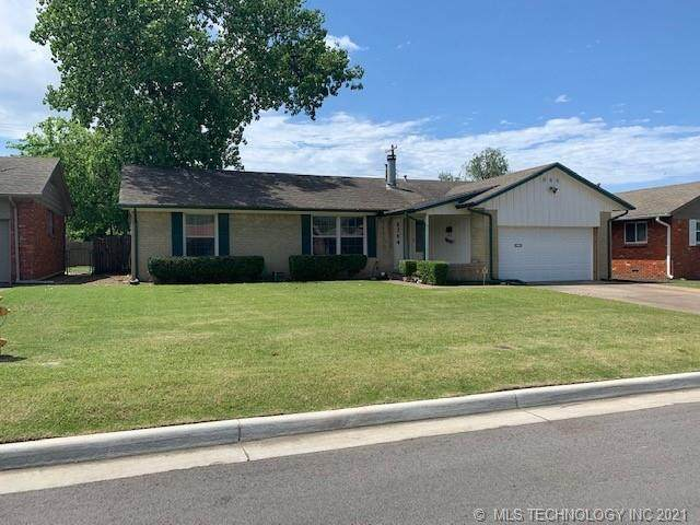 6764 E 26th Court, Tulsa, OK 74129 (MLS #2114391) :: Active Real Estate