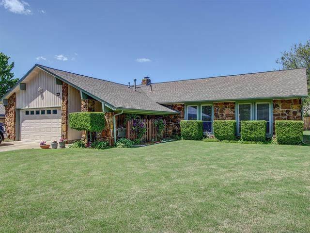 7835 E 79th Street, Tulsa, OK 74133 (MLS #2114477) :: House Properties