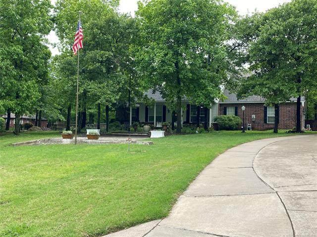 2656 Bokovoy Lane, Sand Springs, OK 74063 (MLS #2114490) :: House Properties