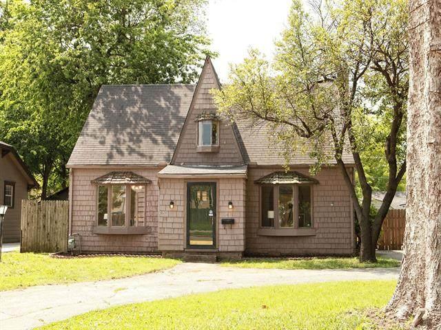 1104 E 35th Place, Tulsa, OK 74105 (MLS #2114533) :: House Properties