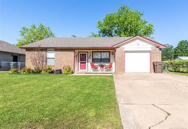 1132 S Haynie Street, Skiatook, OK 74070 (MLS #2114540) :: House Properties