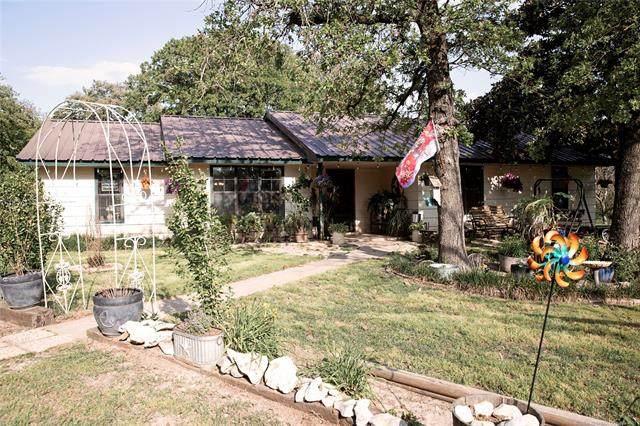 3196 Dickson, Ardmore, OK 73401 (MLS #2114583) :: House Properties