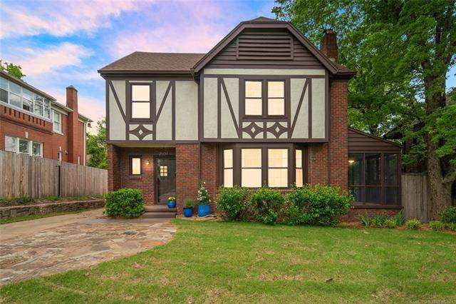2609 S Trenton Avenue, Tulsa, OK 74114 (MLS #2114865) :: House Properties