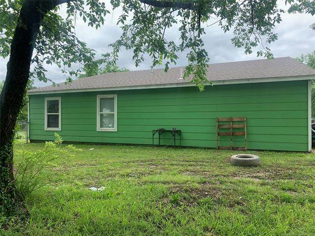 804 S Hickory Avenue, Bartlesville, OK 74003 (MLS #2115014) :: Hopper Group at RE/MAX Results