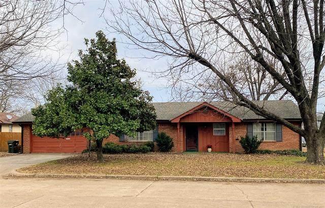 303 N B Avenue, Cleveland, OK 74020 (MLS #2115393) :: Owasso Homes and Lifestyle