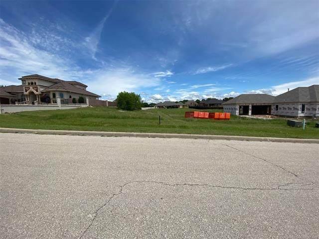4113 Meadowlark, Ardmore, OK 73401 (MLS #2115610) :: 918HomeTeam - KW Realty Preferred