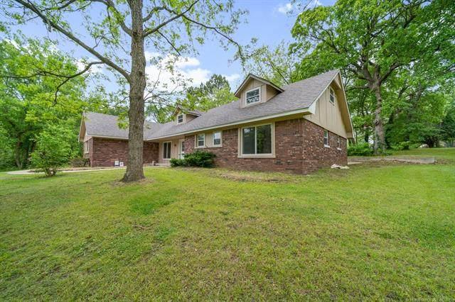 11976 E Cedar Drive, Claremore, OK 74019 (MLS #2115813) :: Owasso Homes and Lifestyle