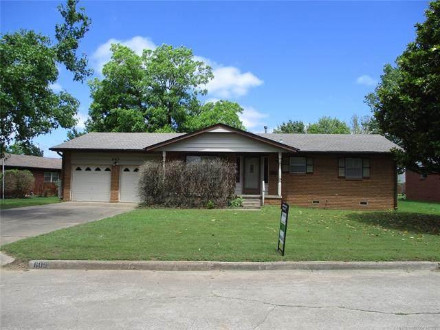 605 W Cherry Street, Drumright, OK 74030 (MLS #2115932) :: Active Real Estate