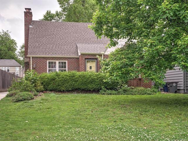 3111 Woodward Boulevard, Tulsa, OK 74105 (MLS #2115963) :: Active Real Estate