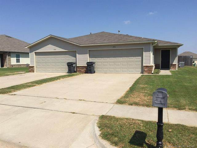 3514 E Gillette Street, Broken Arrow, OK 74014 (MLS #2116512) :: 918HomeTeam - KW Realty Preferred