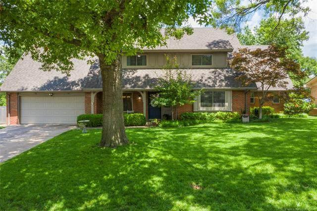 2937 E 56th Place, Tulsa, OK 74105 (MLS #2116972) :: Active Real Estate