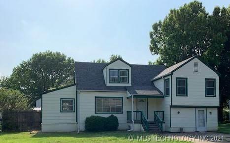 2121 S Dewey Avenue, Bartlesville, OK 74003 (MLS #2117239) :: 918HomeTeam - KW Realty Preferred