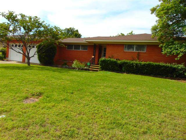 613 Northwest, Ardmore, OK 73401 (MLS #2117379) :: Hopper Group at RE/MAX Results