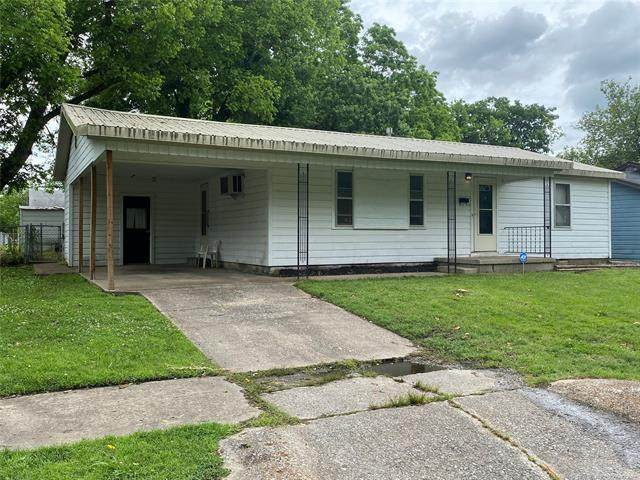826 S 22nd Street, Muskogee, OK 74401 (MLS #2117626) :: Active Real Estate