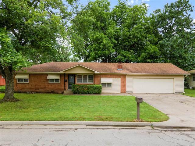1208 Veyda Street, Pryor, OK 74361 (MLS #2117658) :: 918HomeTeam - KW Realty Preferred