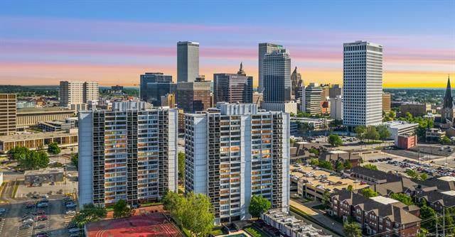 450 W 7th Street #1210, Tulsa, OK 74119 (MLS #2117739) :: House Properties