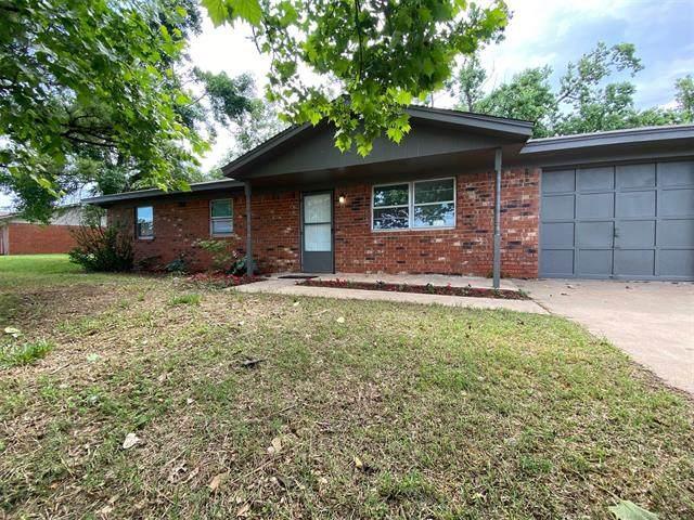1023 W Chatburn Drive, Stillwater, OK 74075 (MLS #2117776) :: 580 Realty