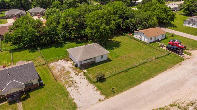 1007 C. Street SW, Ardmore, OK 73401 (MLS #2117798) :: Hopper Group at RE/MAX Results