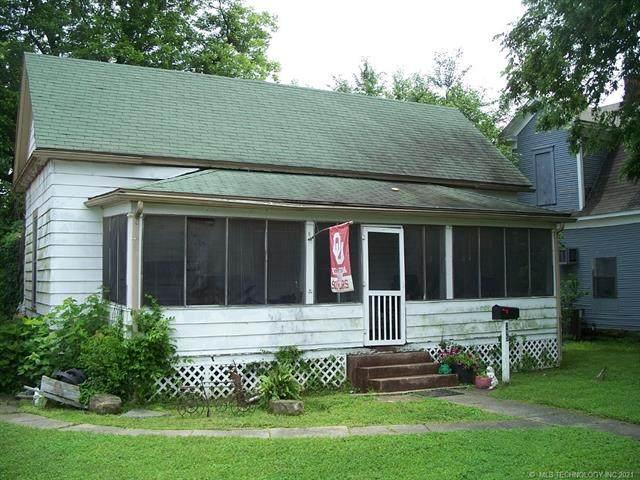 215 S Maple Street, Sapulpa, OK 74066 (MLS #2117989) :: 918HomeTeam - KW Realty Preferred