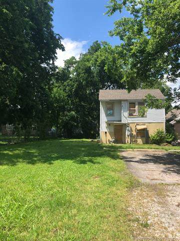 1015 E Jackson Avenue, Sapulpa, OK 74066 (MLS #2117992) :: 918HomeTeam - KW Realty Preferred