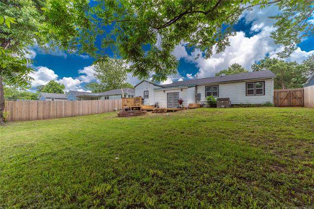 1205 S 14th Street, Mcalester, OK 74501 (MLS #2118019) :: Active Real Estate