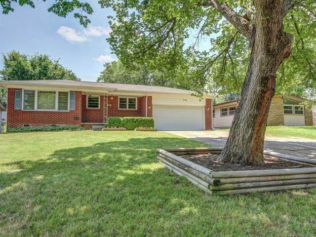 5926 E 25th Place, Tulsa, OK 74114 (MLS #2118064) :: Active Real Estate